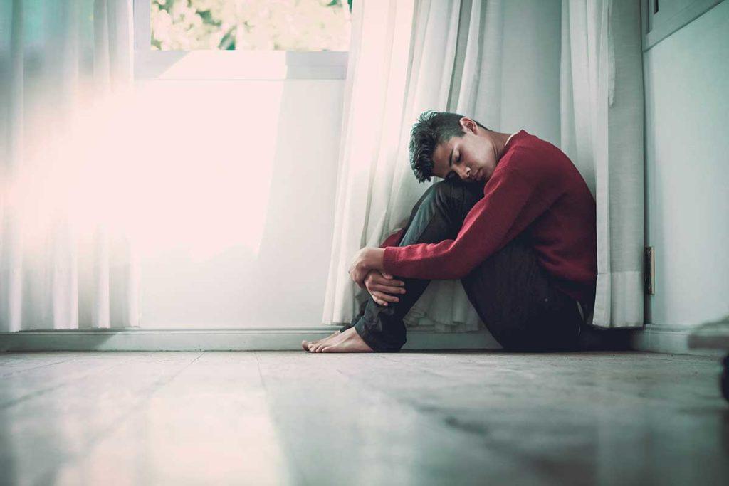 ahdistuneisuus on pitkittynyt reaktio stressiin